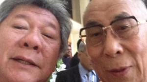 dalai lama selfie